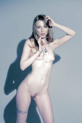 Model: Ela Darling, Photographer: Rae Threat